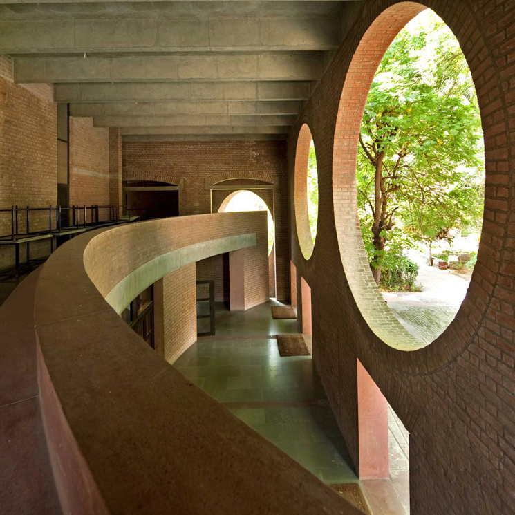 10_Louis_Kahn_Indian_Institute.crop1024x1024_01_da7b2b7762