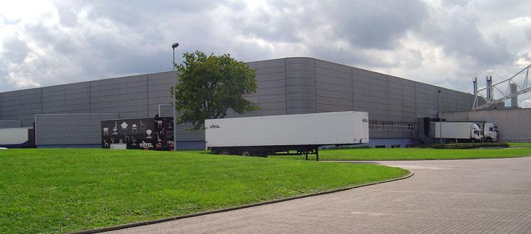 Vitra_factory_building,_Nicholas_Grimshaw
