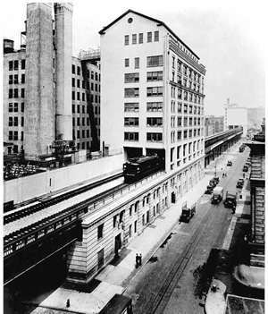 Western_Electric_complex_NYC_1936