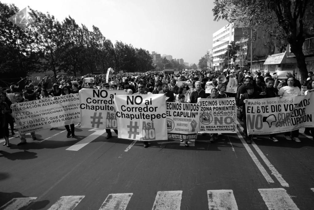 ( MÉXICO - DF, 5 Dic 2015 ) Marchan diversas organizaciones sociales y vecinales en contra del proyecto Corredor Cultural Chapultepec-Zona Rosa #AsiNo