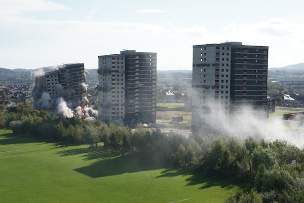 2011_09-The-Edinburgh-Reporter-Sighthill-Demolition-176