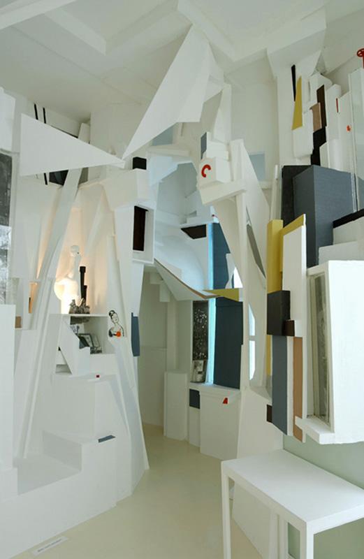 kurt_schwitters_merzbau_reconstruction_02_0