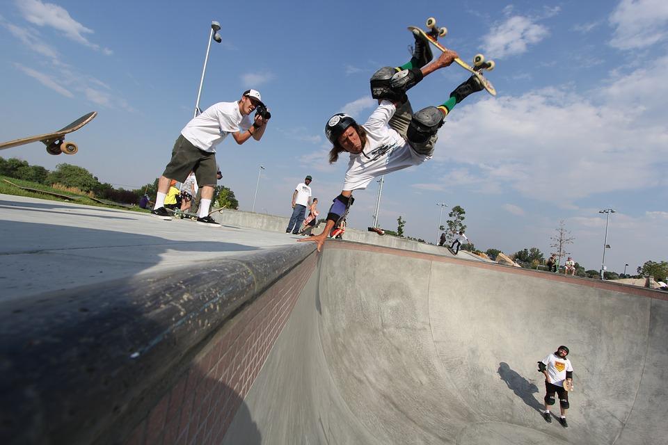 skateboard-1674624_960_720